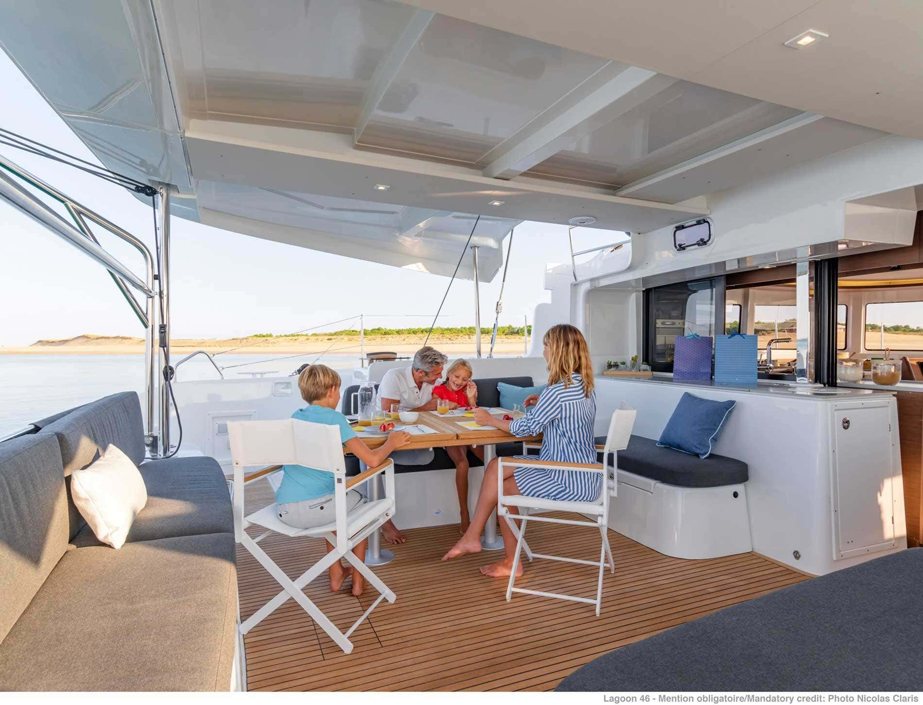Lagoon 46 (GRAND BLUE (SKIPPERED ONLY))  - 4