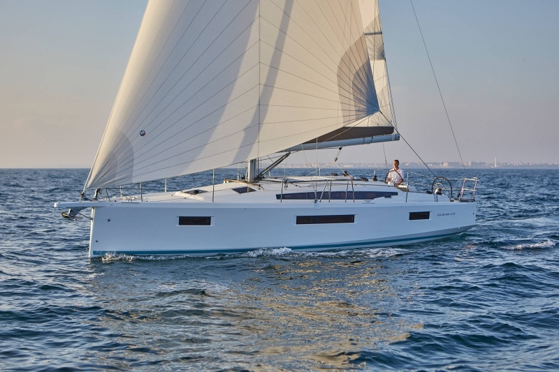 Sun Odyssey 410 (Deba)  - 6