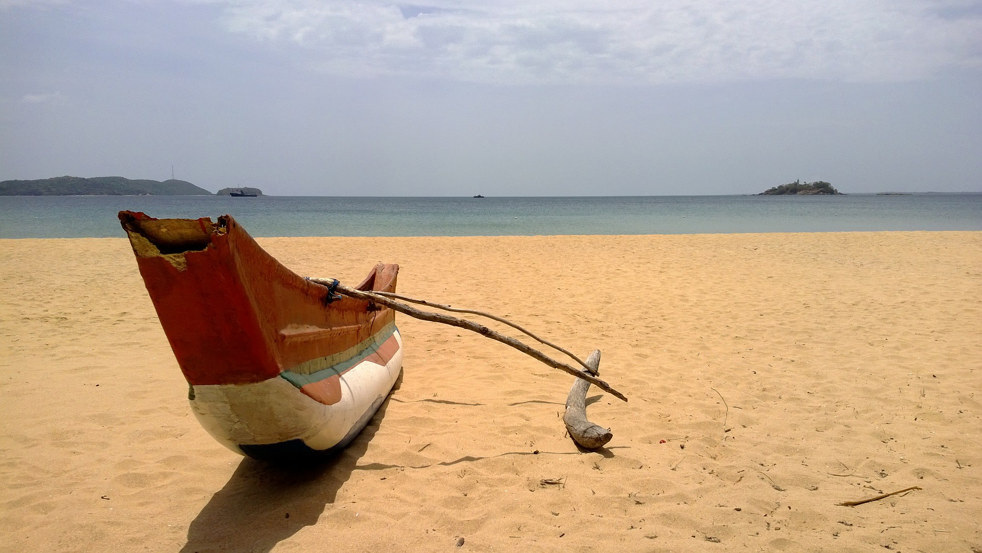Sri Lanka by the cabin yacht charters