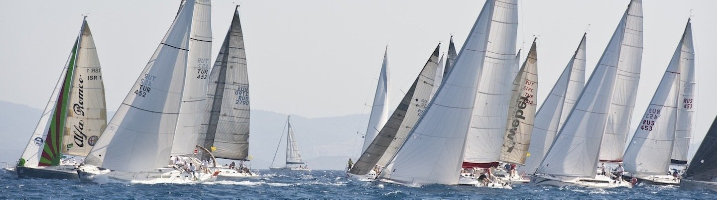 Sailing races by the cabin