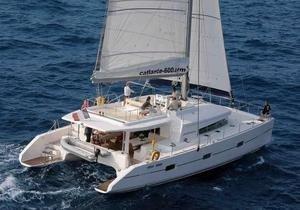 https://12knots.com/storage/app/media/seo_yachtcharter/cuba-cabin-charters-1.jpg